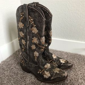 Ropers Brown Floral Embroidered Cowboy Boots